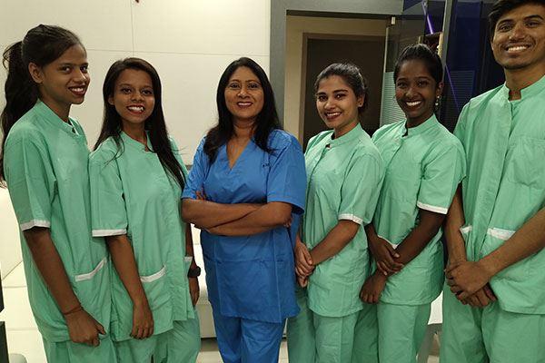 Dentist in Kandivali