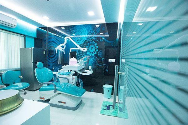 Dentist in Malad